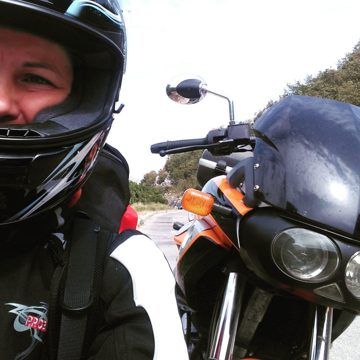 Selfie mit Scarver (ich mit Helm)