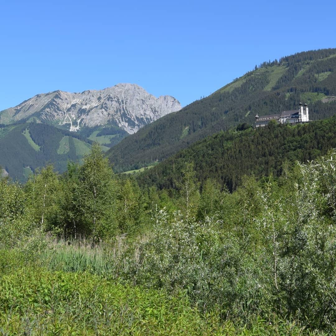 Blick auf Berg und Frauenberg (Wallfahrtskirche)